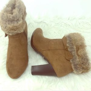 dana buchman | faux fur bow heel booties